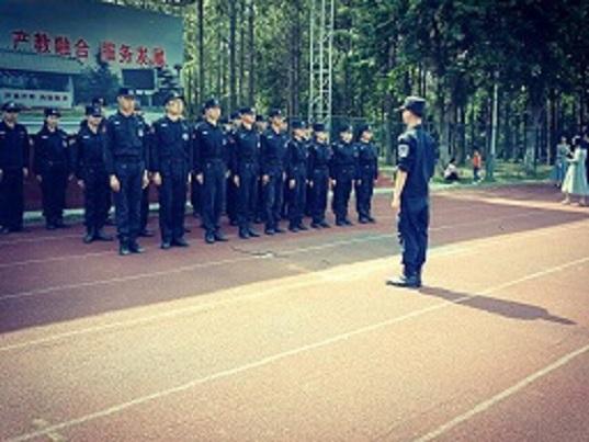 16-17届特训队国旗队退伍换届仪式